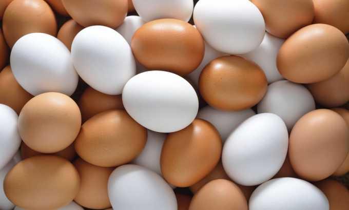 Можно включать в меню вареные яйца без желтка