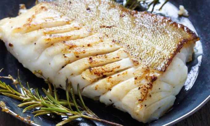 Диета обязательно должна включать рыбу нежирных сортов