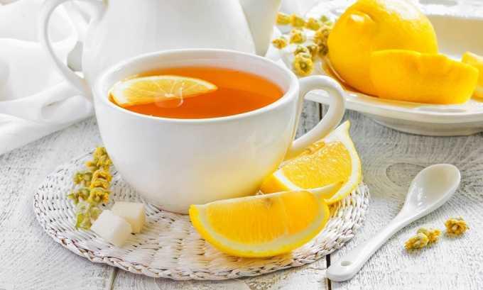 Всеми любимый чай с лимоном должен стать табу для людей, страдающих панкреатитом, как и вода с добавлением небольшого количества цитрусового сока