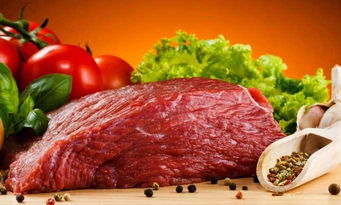 Для получения вкусного парового омлета с мясом понадобятся говядина