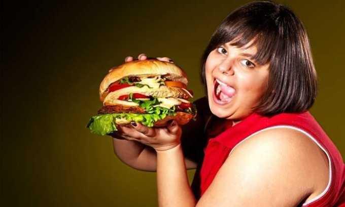 К предрасполагающим факторам заболевания относится неправльное питание