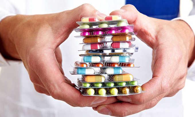 Медикаментозные препараты входят комплексное лечение панкреатита