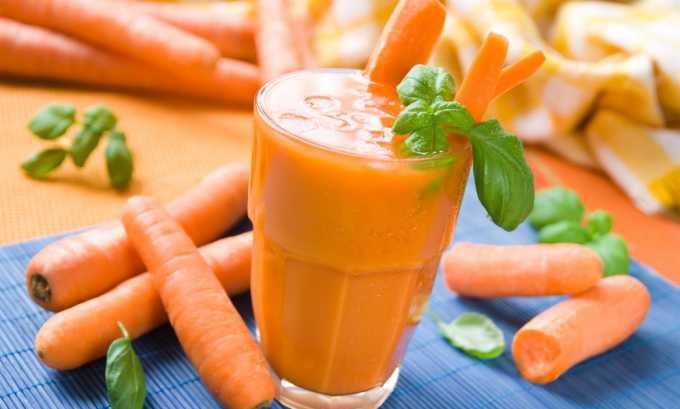 Морковный сок рекомендуется употреблять в сочетании с другими