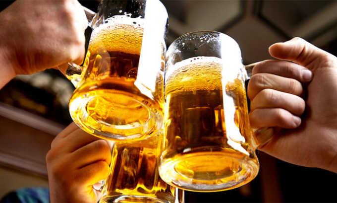 Алкоголь. Алкогольные напитки категорически запрещены, т. к. ферменты поджелудочной железы не расщепляют этанол