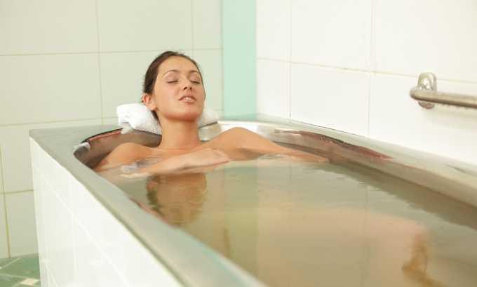 Благоприятно действуют на состояние поджелудочной железы при хроническом панкреатите хлоридно-натриевые, хвойно-жемчужные, валериановые, каштановые, углекислые и углекисло-водородные ванны