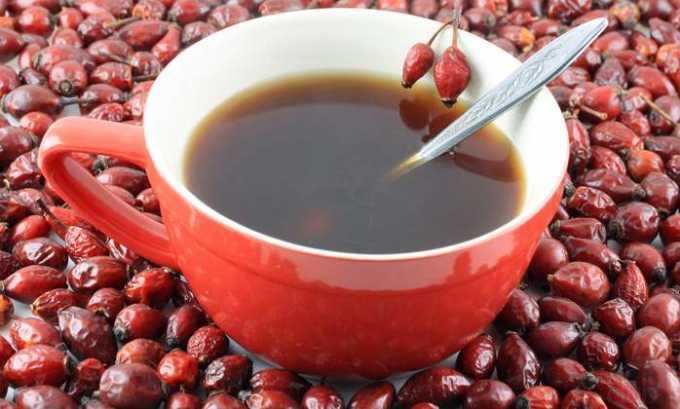 При холецистите и панкреатите в стадии ремиссии будет полезен отвар из плодов шиповника