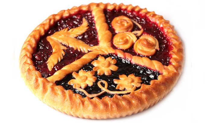 Допустимо приготовление легких домашних пирогов с фруктовой или ягодной начинкой