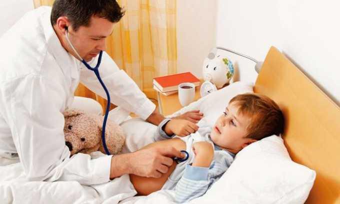 В острую фазу заболевания детей госпитализируют