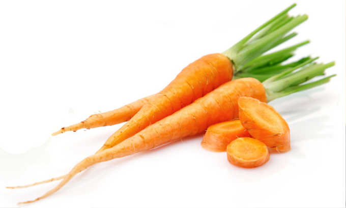 Что бы приготовить запеканку нужно взять 50 грамм моркови