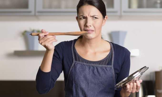 Опытные эндокринологи не советуют даже пробовать содержащие сахар блюда в процессе приготовления