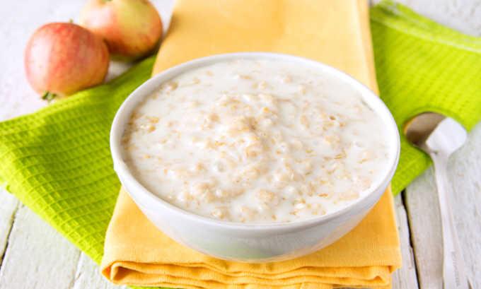 Овсяная каша на завтрак полезна при панкреатите
