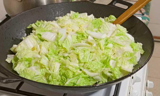 Специалисты не рекомендуют использовать данный овощ в питании при панкреатите. Добавлять его в салат можно лишь в случае стойкой ремиссии и в небольшом количестве. При приготовлении блюда овощ требуется отварить, потушить или запечь
