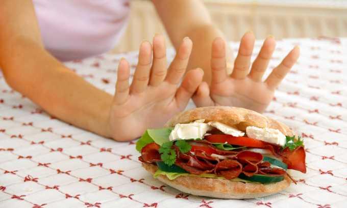 Перед тем как начать голодать, обязательно нужно сделать максимальную разгрузку поджелудочной железы. Для этого жиры лучше вовсе убрать из рациона