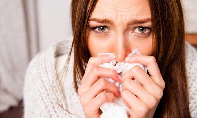 Несмотря на высокую эффективность вещества, употреблять его можно не всегда. Следует воздержаться от приема лекарственного средства в случае аллергии на продукты пчеловодства