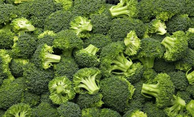 Брокколи содержит достаточное количество фосфора, калия и кальция, меди, железа и йода, благотворно влияющих на здоровье при панкреатите