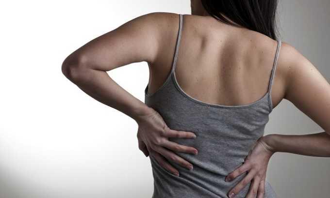 Очень часто при панкреатите появляются боли в спине