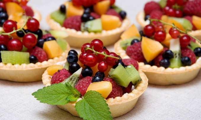 Десерты должны быть нежирные, на основе фруктов