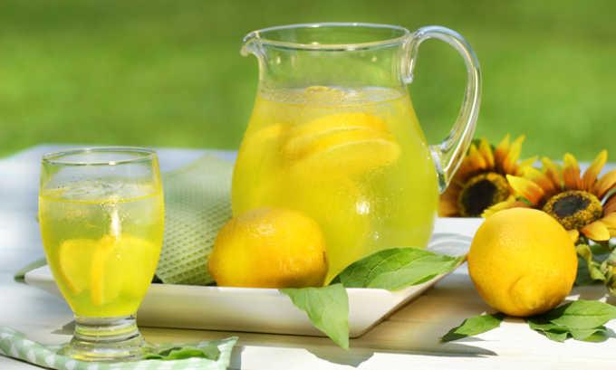 Компоты из лимона нужно исключить из рациона
