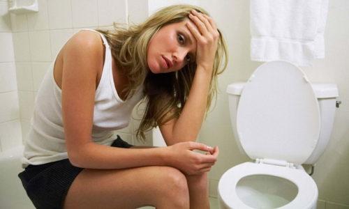 Тошнота и рвота при панкреатите часто беспокоят больного и мешают ему получать удовольствие от приема пищи