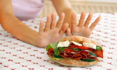 Воспаление поджелудочной железы ограничивает человека в употреблении продуктов, насыщенных жирами