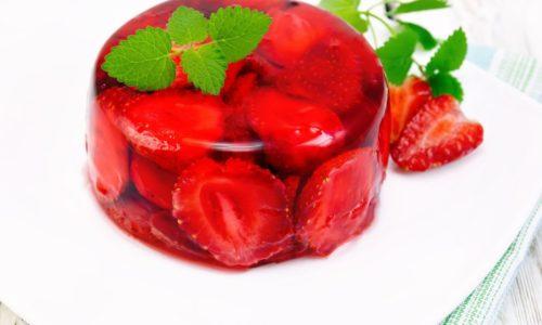 Клубничное желе является разрешенным продуктом при панкреатите и холецистите