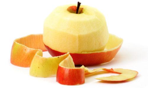 Плоды должны быть спелыми и мягкими, твердую шкурку очищают