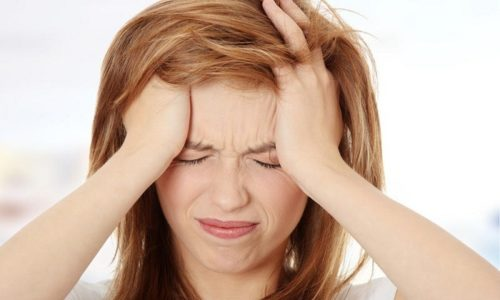 Головная боль при панкреатите относится к симптомам, свидетельствующим об интоксикации и возрастании восприимчивости к инфекциям