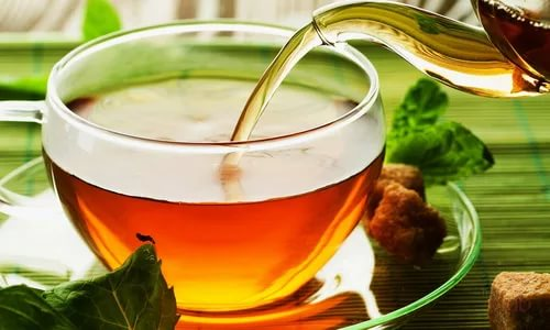 Чай должен быть не крепко заваренным