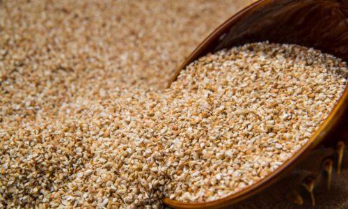 Для приготовления вязкой гречневой каши лучше использовать дробленую крупу (продел)