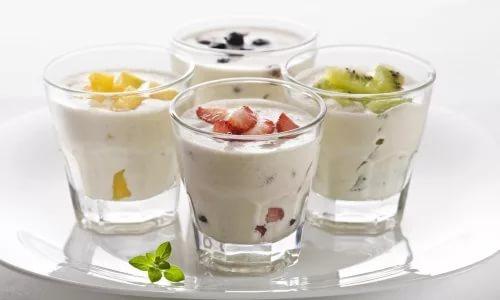 Включите в меню фруктовый йогурт