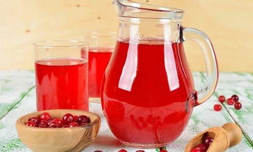 Выпейте ягодный компот в обед