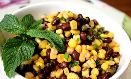 Употреблять блюда из кукурузы при панкреатите можно, но только при наступлении ремиссии заболевания