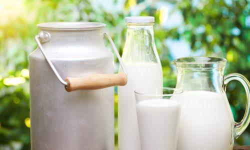 Чтобы приготовить вязкую пшеничную кашу для диетического питания, необходимо молоко