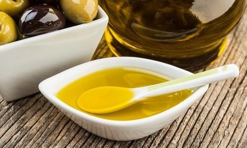 Даже чрезвычайно полезное оливковое масло при панкреатите используют в питании осторожно