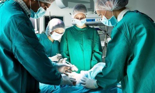 Операция показана при запущенных формах панкреатита