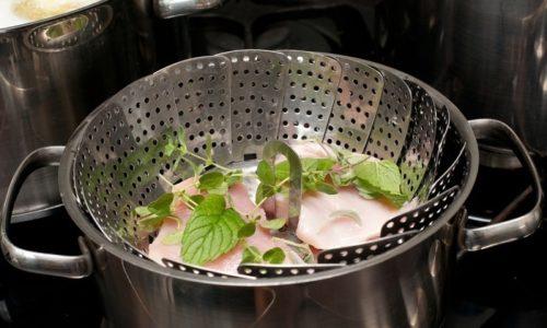 ЕДиета предусматривает только блюда, приготовленные на пару