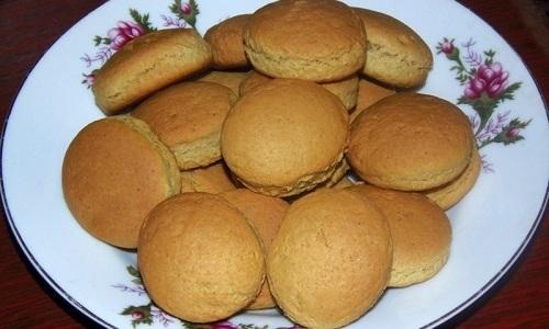 В диетическое меню можно ввести постное печенье
