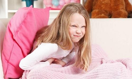 У детей панкреатит легко перепутать с гастритом и дисбактериозом кишечника