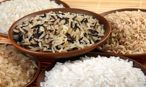 Больному с панкреатитом можно приготовить овощной суп с рисом