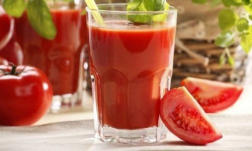 Томатный сок при хроническом панкреатите является полезным напитком