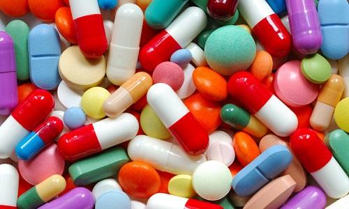 Гастроэнтерологи, занимающиеся лечением холецистопанкреатита, включают в медикаментозный план препараты нескольких видов