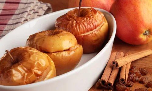 На ланч приготовьте запеченные фрукты