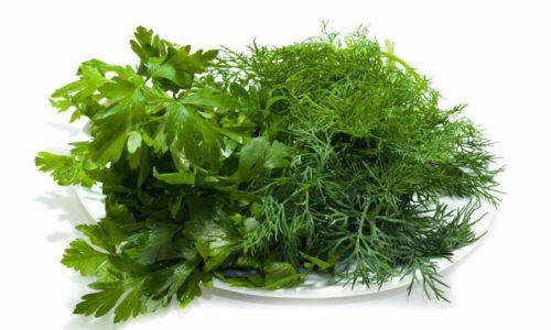 Для салата в зимний период можно использовать мороженую, сушеную или свежую ароматную зелень