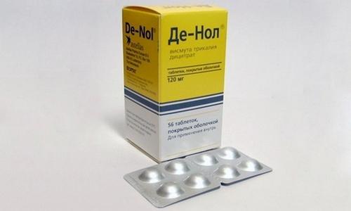 Таблетки Де Нола необходимо запивать теплой водой, не используя для этих целей другие напитки